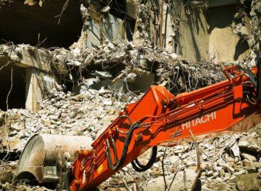 Exposition à l'amiante: 300 arrêts de chantiers prononcés en 2015